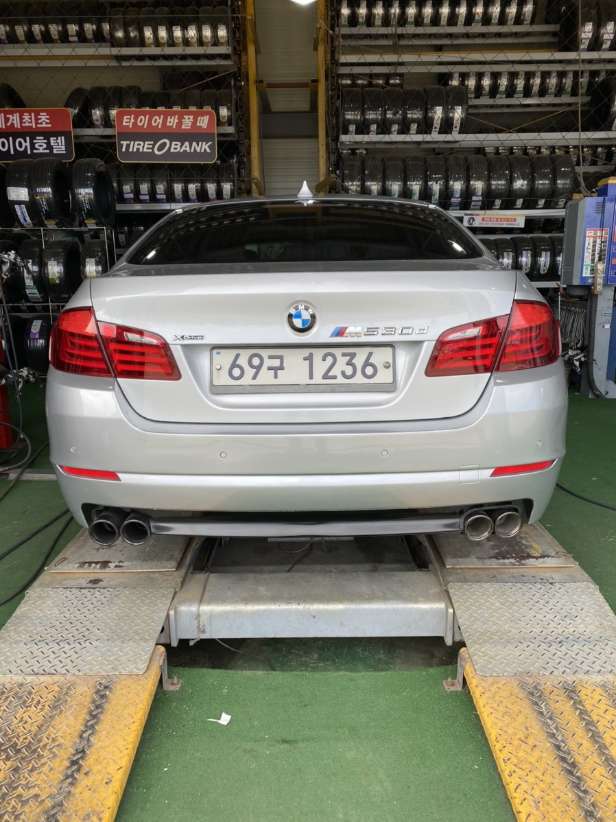 BMW520D F10 2010년식 판매합니다‼️‼️ - 4