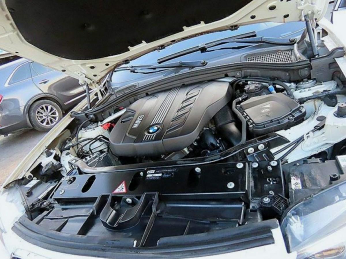 BMWX3 20d - 1