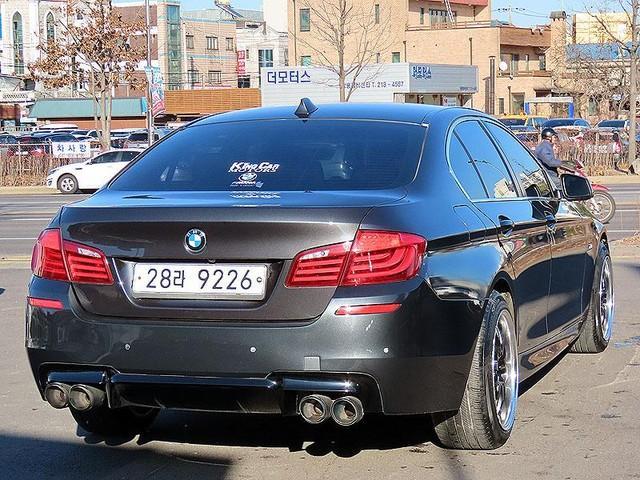 BMW 520d (전체 M바디킷,듀얼머플러,2단림휠,광폭타이어) - 1