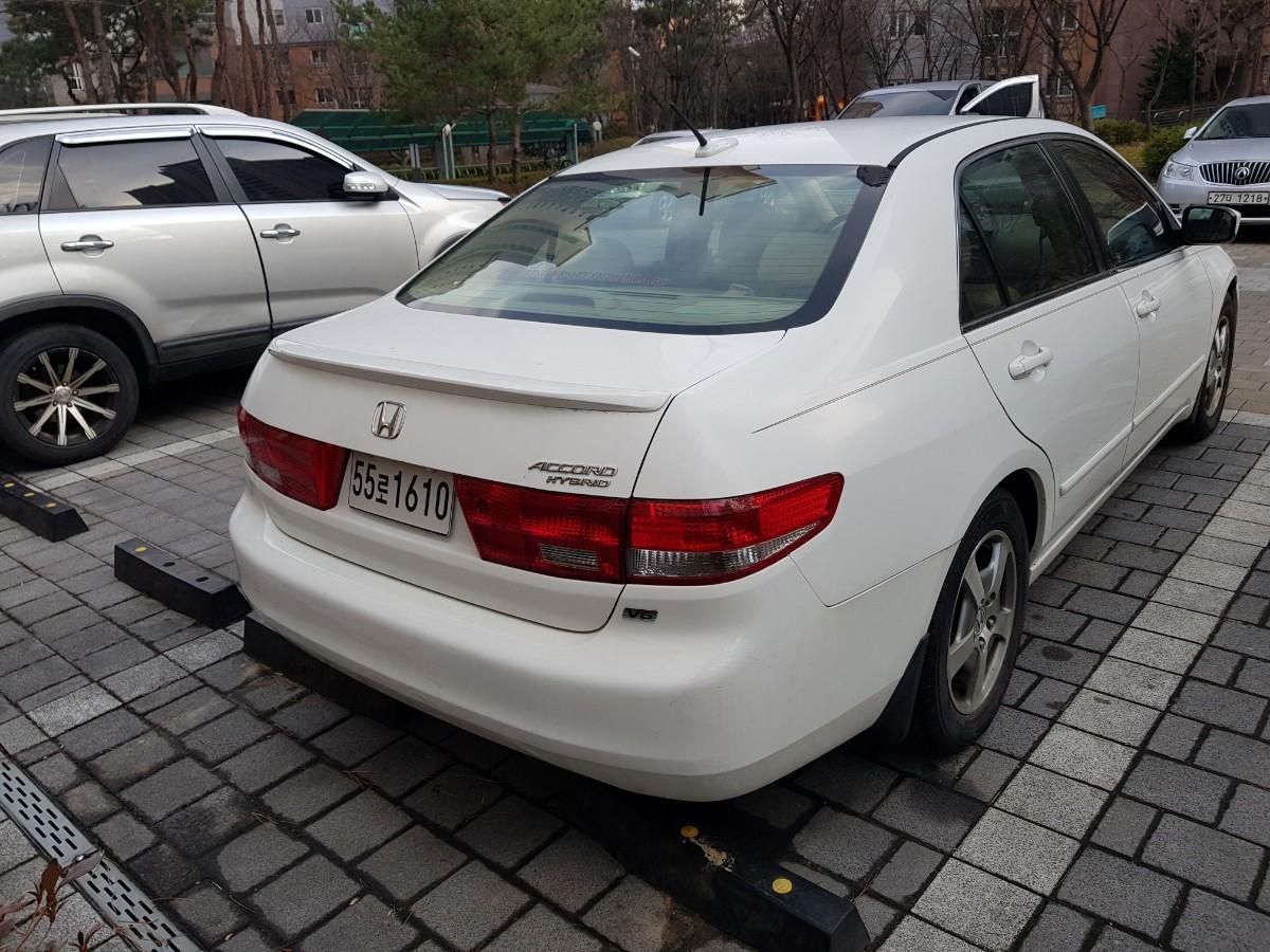혼다 어코드 V6 하이브리드 - 3