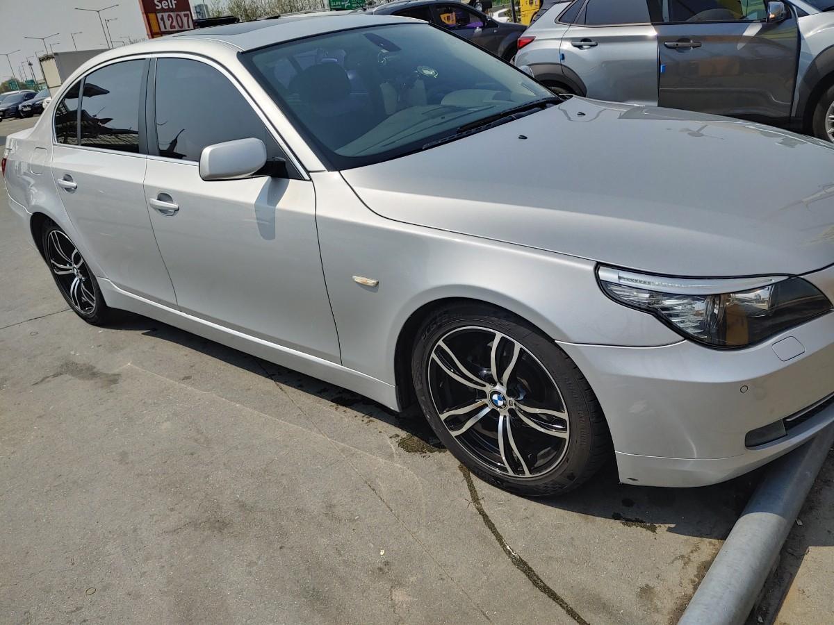 2008 년 BMW 528i - 2