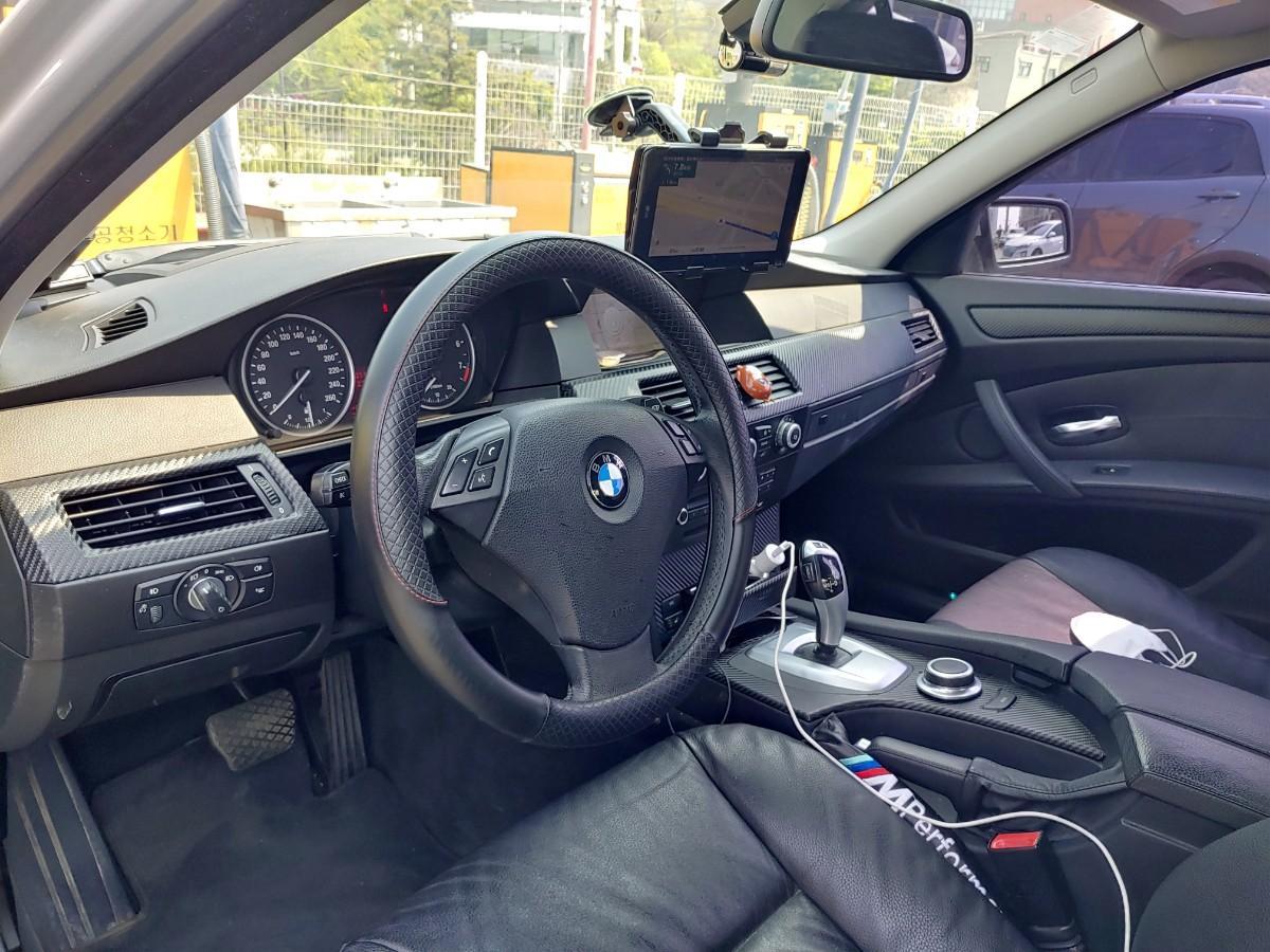2008 년 BMW 528i - 3