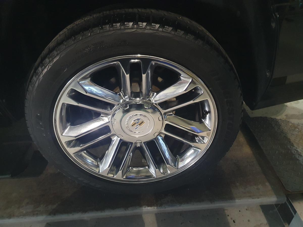 2011 에스컬레이드 숏바디 6200cc - 7
