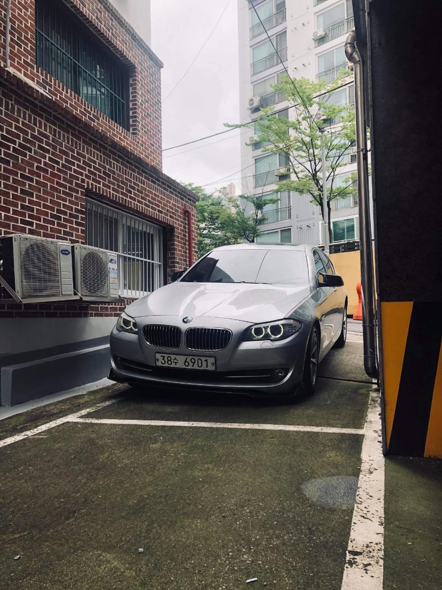 BMW 523i 11년식 - 0