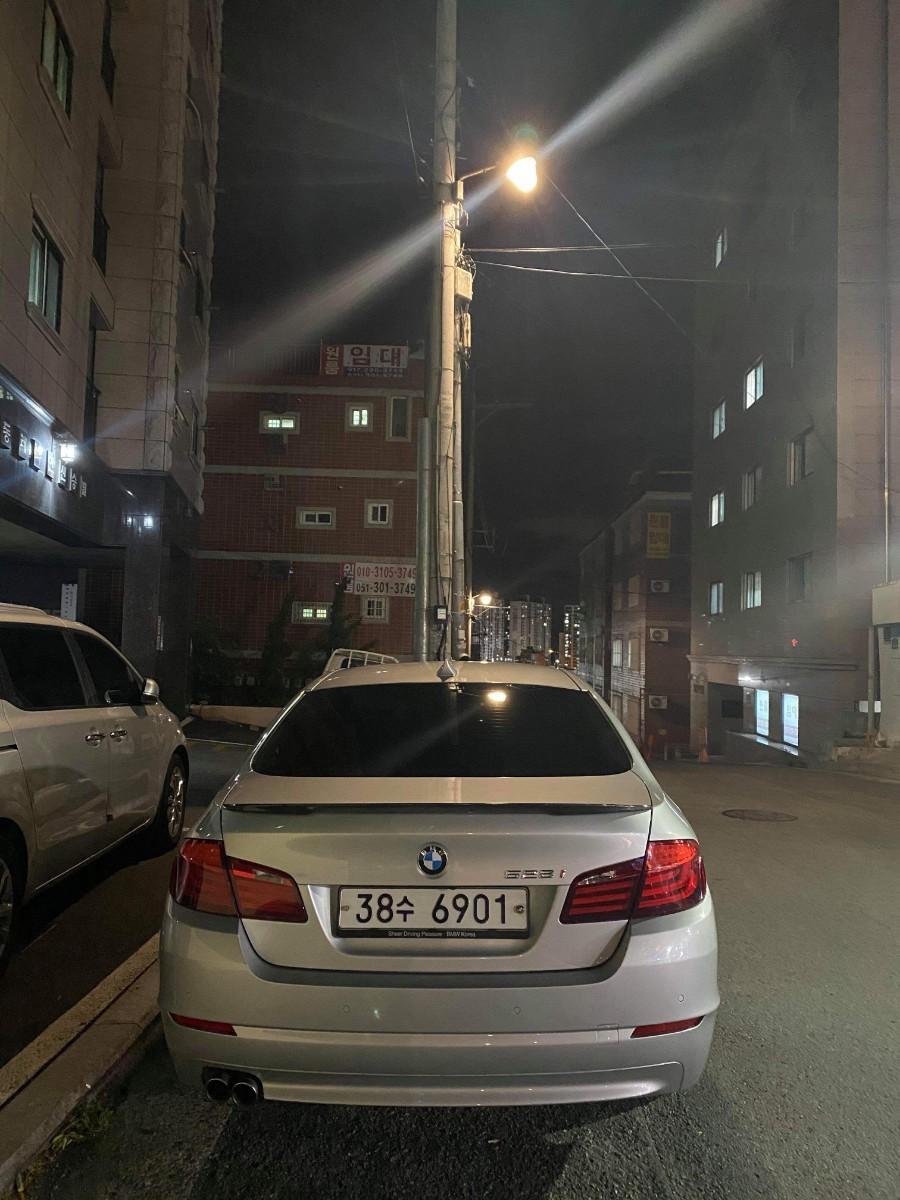 BMW 523i 11년식 - 1