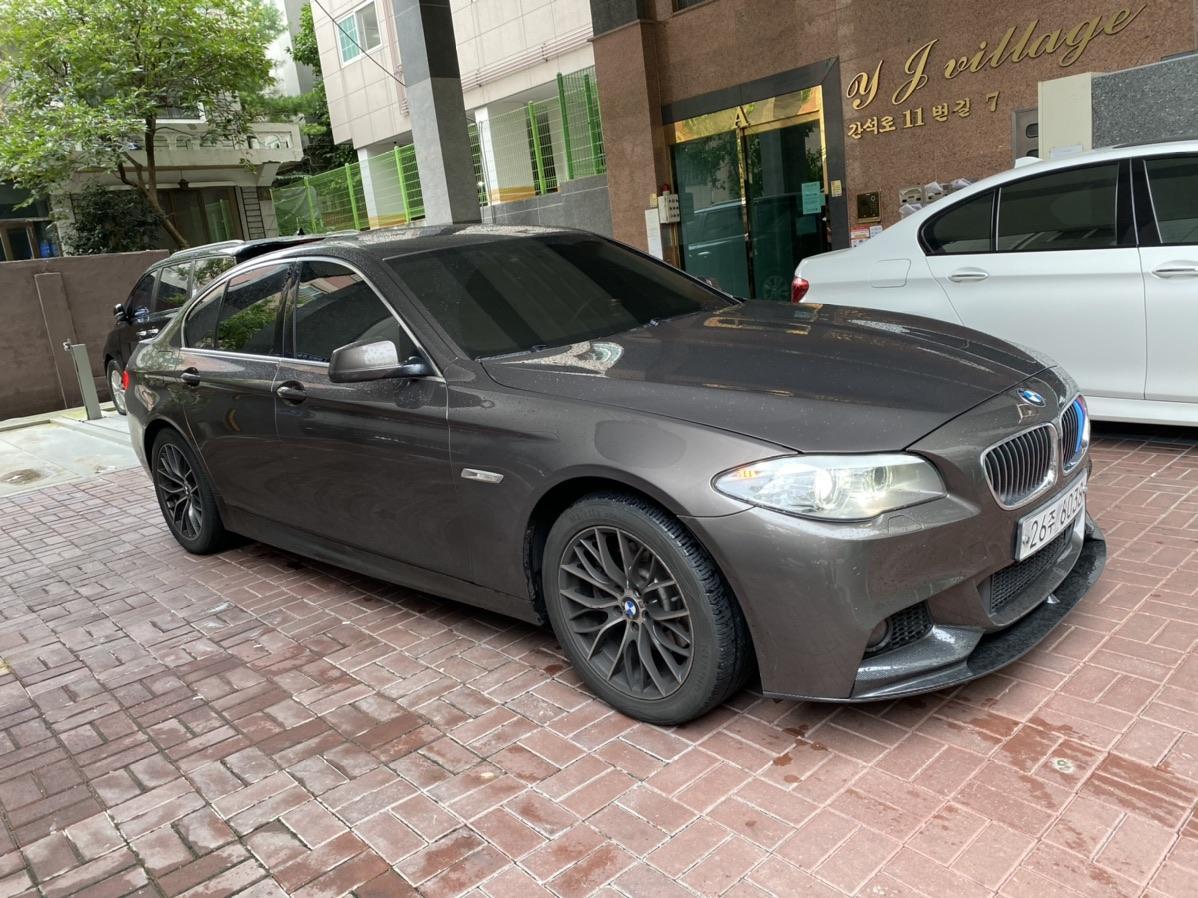 BMW F10 520D 13년식 팝니다 완무 - 1