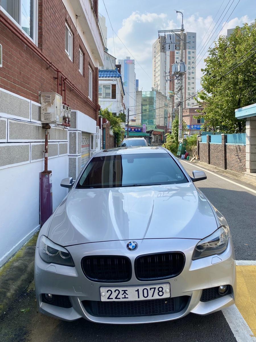 BMW 528i 10년식 20만 헐값에 보냅니다. - 1
