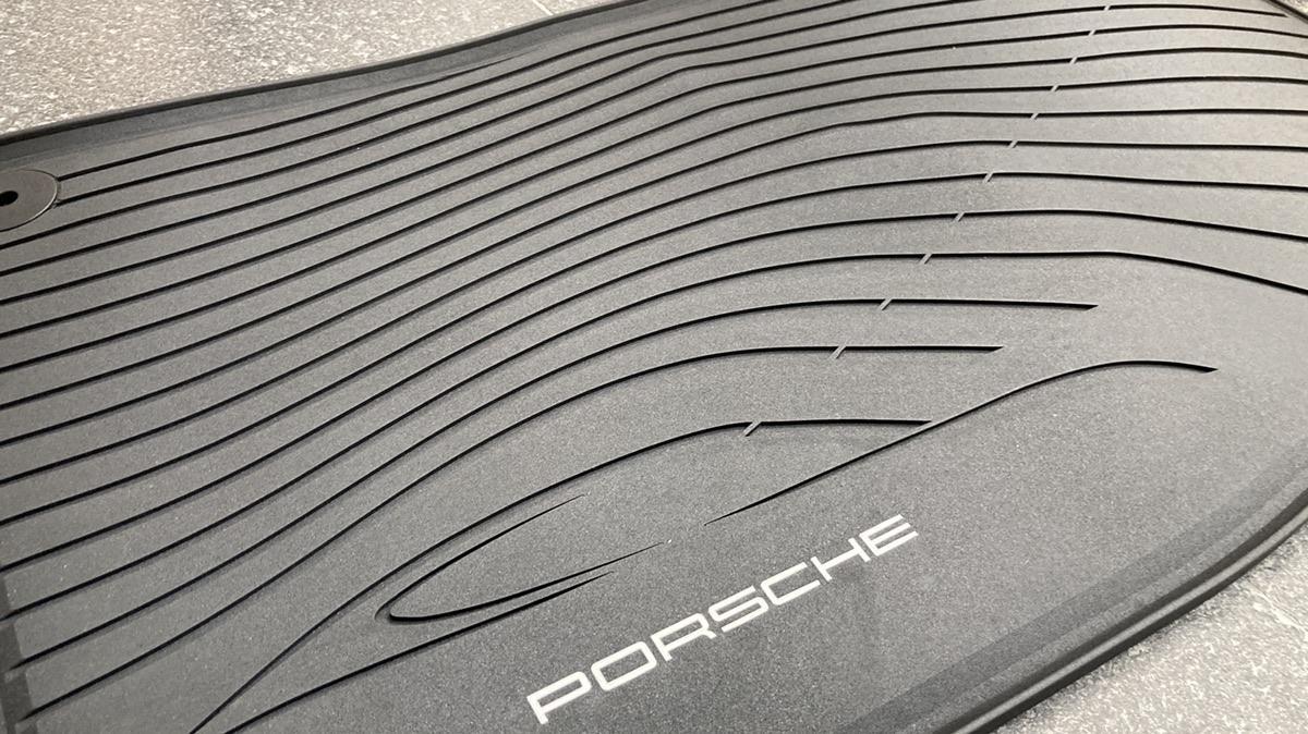 포르쉐 파나메라(970) 정품 고무매트 새상품 - 0
