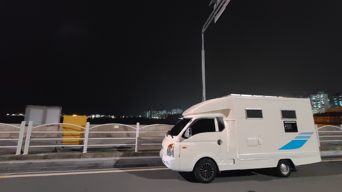 시티밴 캠핑카 - 0