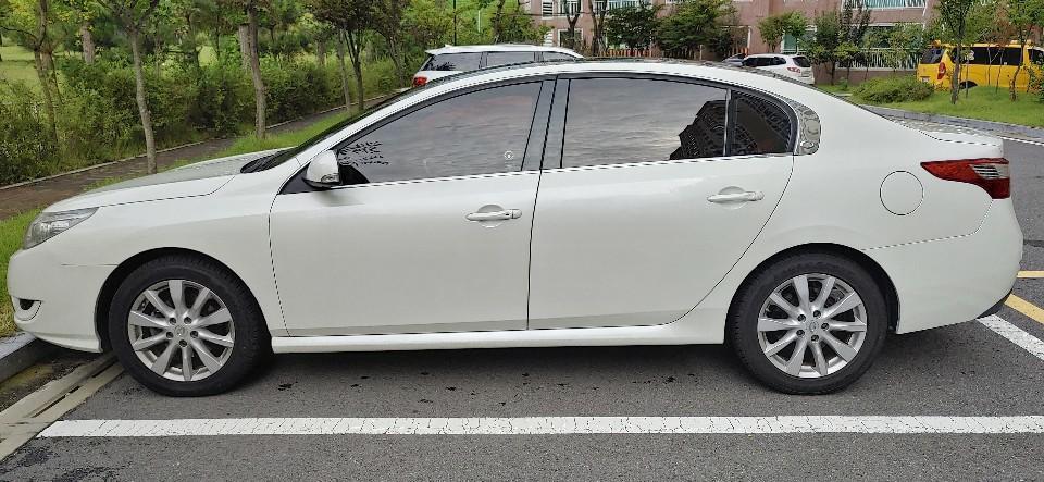 흰색 2010년형 뉴SM5 RE등급(최고등급) 휘발유(가솔린) 차량 - 0