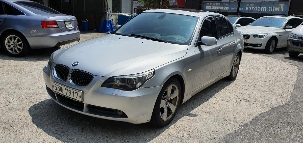 BMW E60 523i - 0