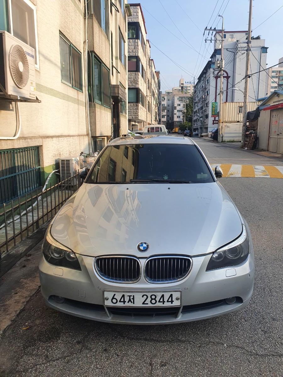 BMW 5시리즈 523i 2007년식 - 0