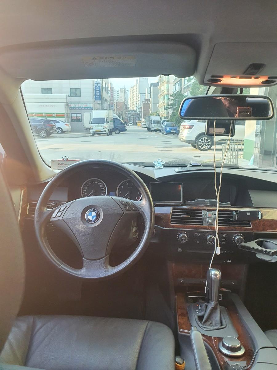BMW 5시리즈 523i 2007년식 - 4