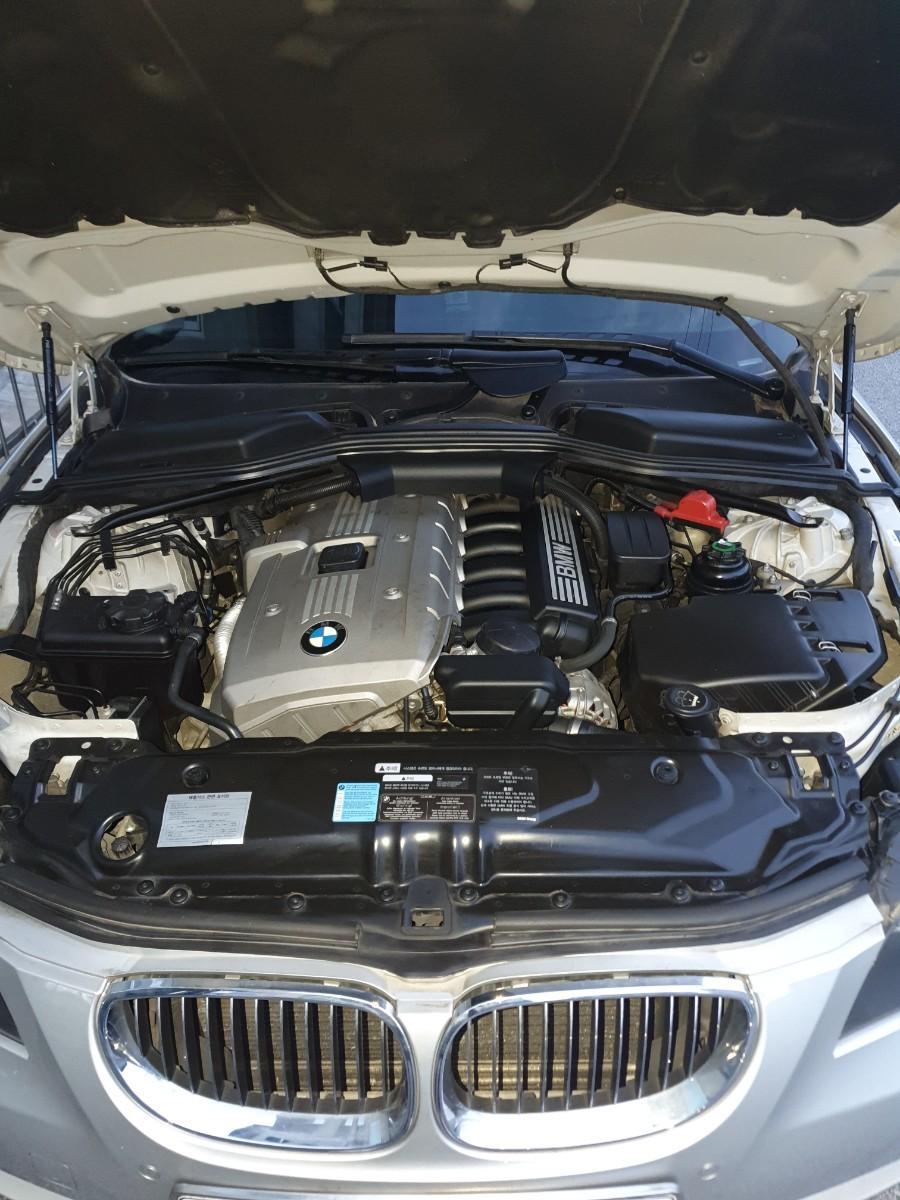 BMW 5시리즈 523i 2007년식 - 6
