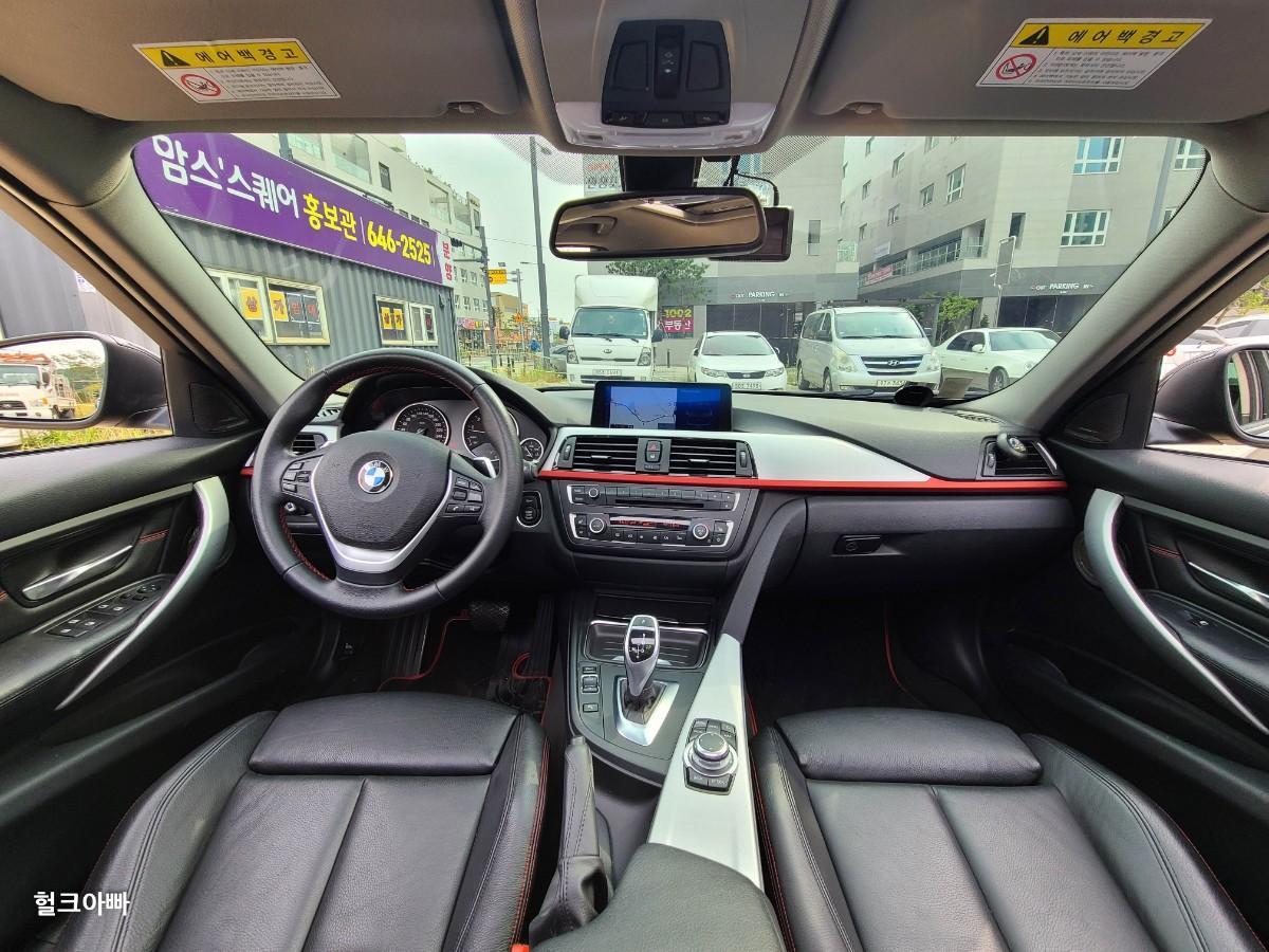 BMW 320i 스포츠 (M팩 튜닝) - 2
