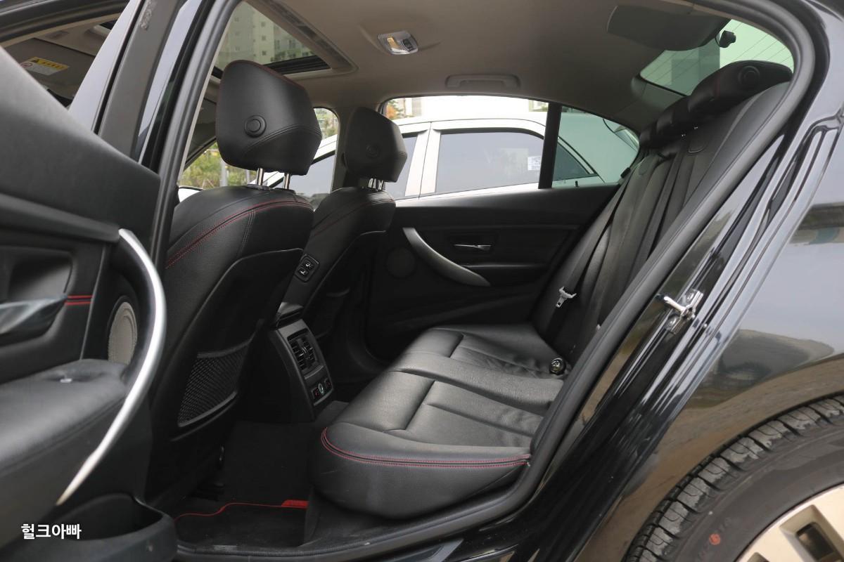 BMW 320i 스포츠 (M팩 튜닝) - 5