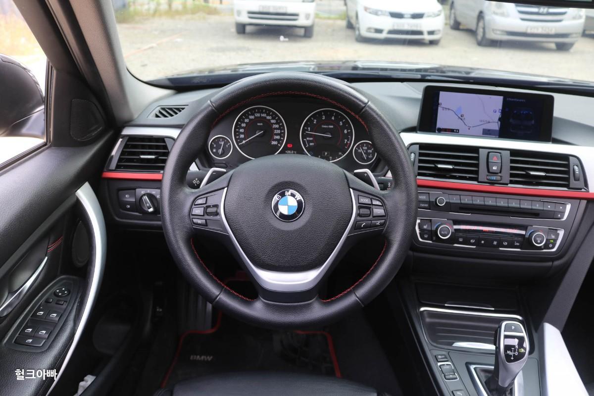 BMW 320i 스포츠 (M팩 튜닝) - 7
