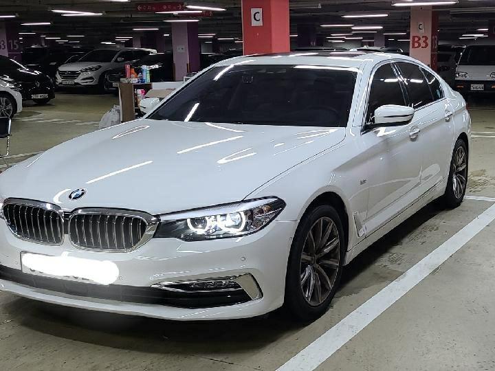 중고차장기렌터카 BMW 520i 럭셔리 월 932,000원 - 1