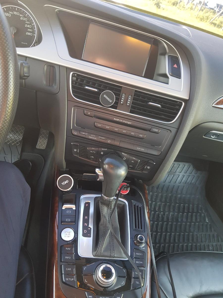 아우디 A4 Quattro 2.0 - 6