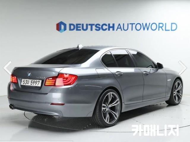 BMW 뉴 5시리즈 520D 세단 - 1
