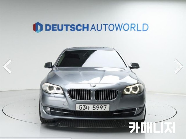 BMW 뉴 5시리즈 520D 세단 - 2