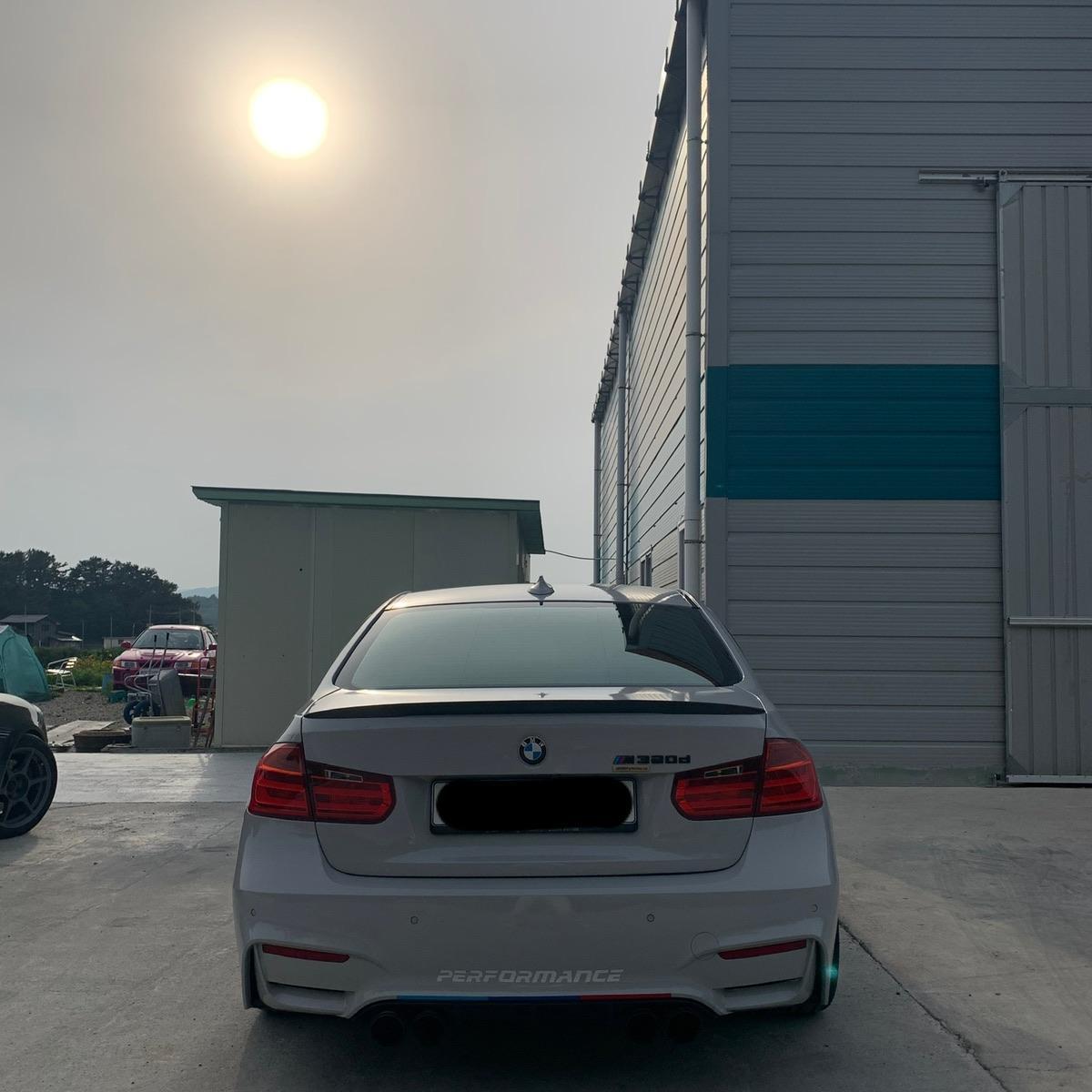 BMW320d - 2