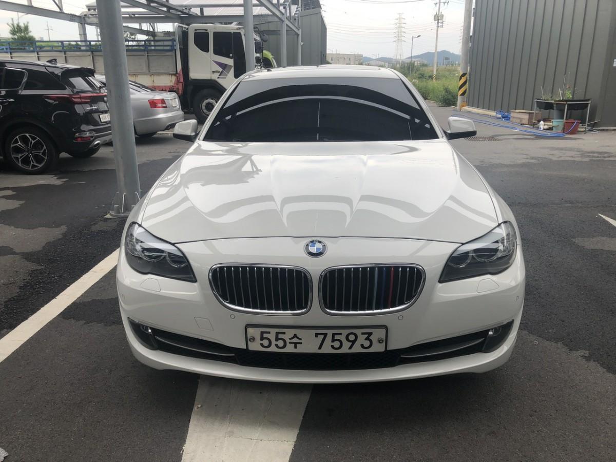 BMW528i - 0