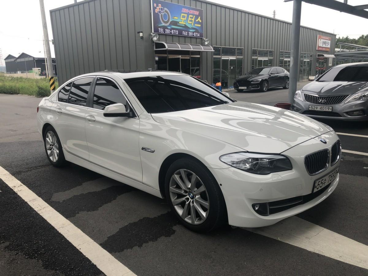 BMW528i - 2
