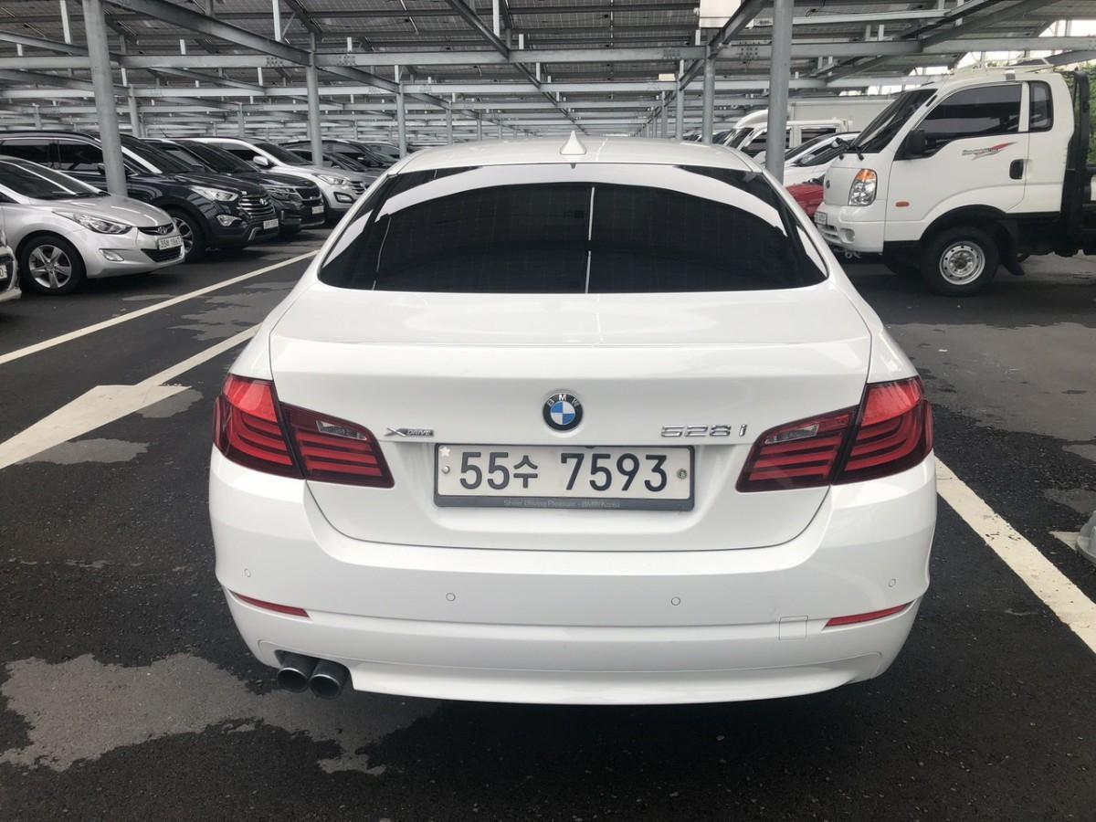 BMW528i - 3