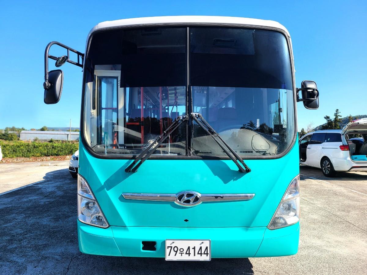 캠핑카 개조에 좋은 현대 중고버스 595만원 - 0