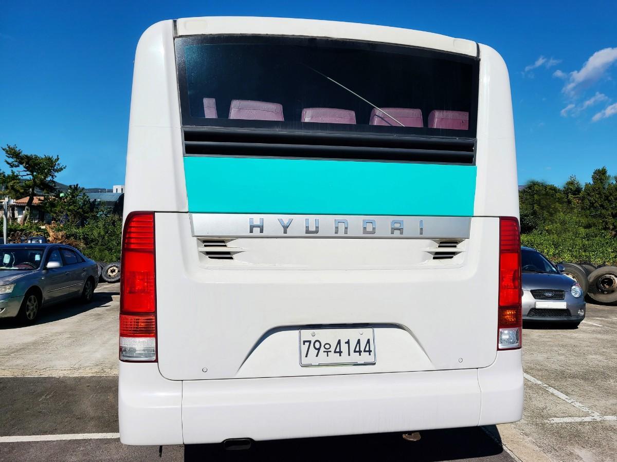 캠핑카 개조에 좋은 현대 중고버스 595만원 - 3