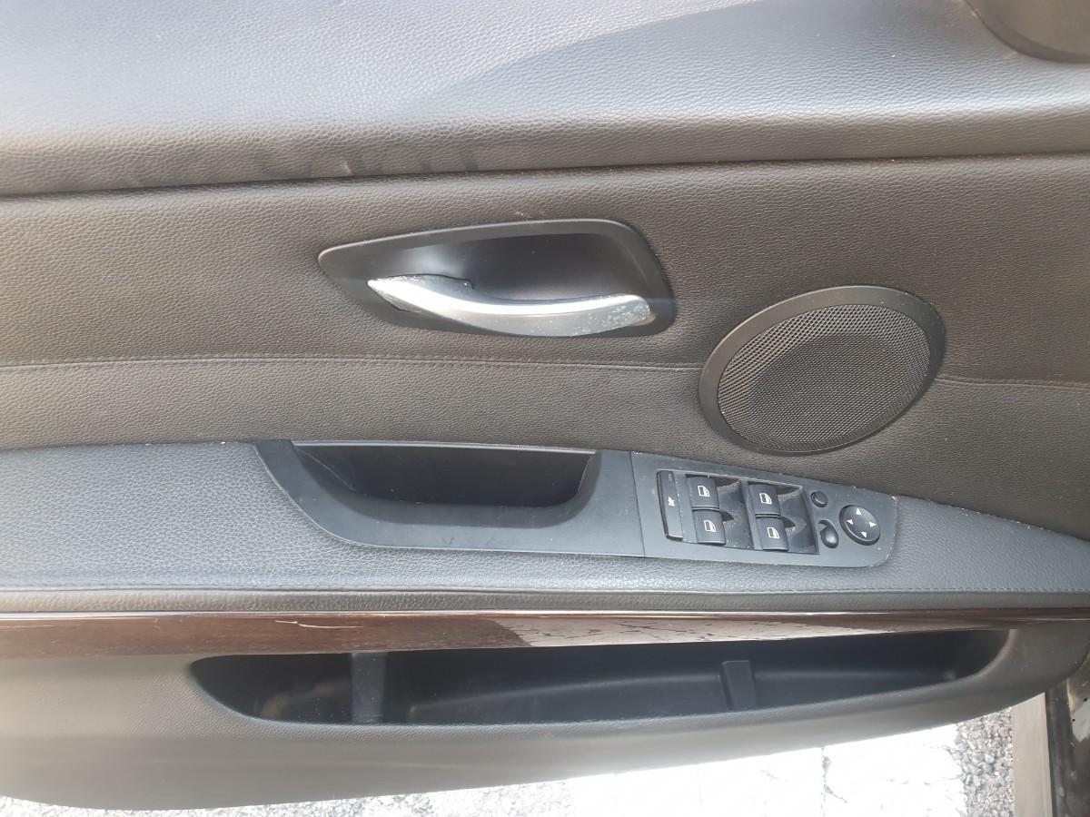 2009년5월식 BMW320I  가솔린  무사고 팔아요 - 10