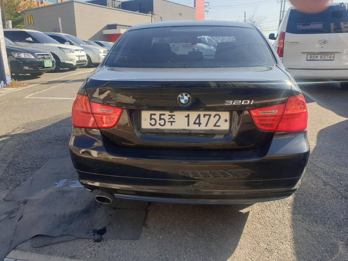 2009년5월식 BMW320I  가솔린  무사고 팔아요 - 4