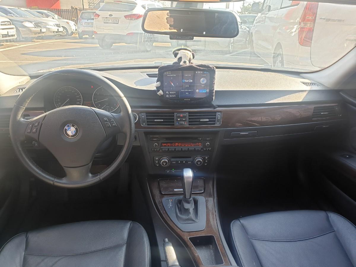 2009년5월식 BMW320I  가솔린  무사고 팔아요 - 6