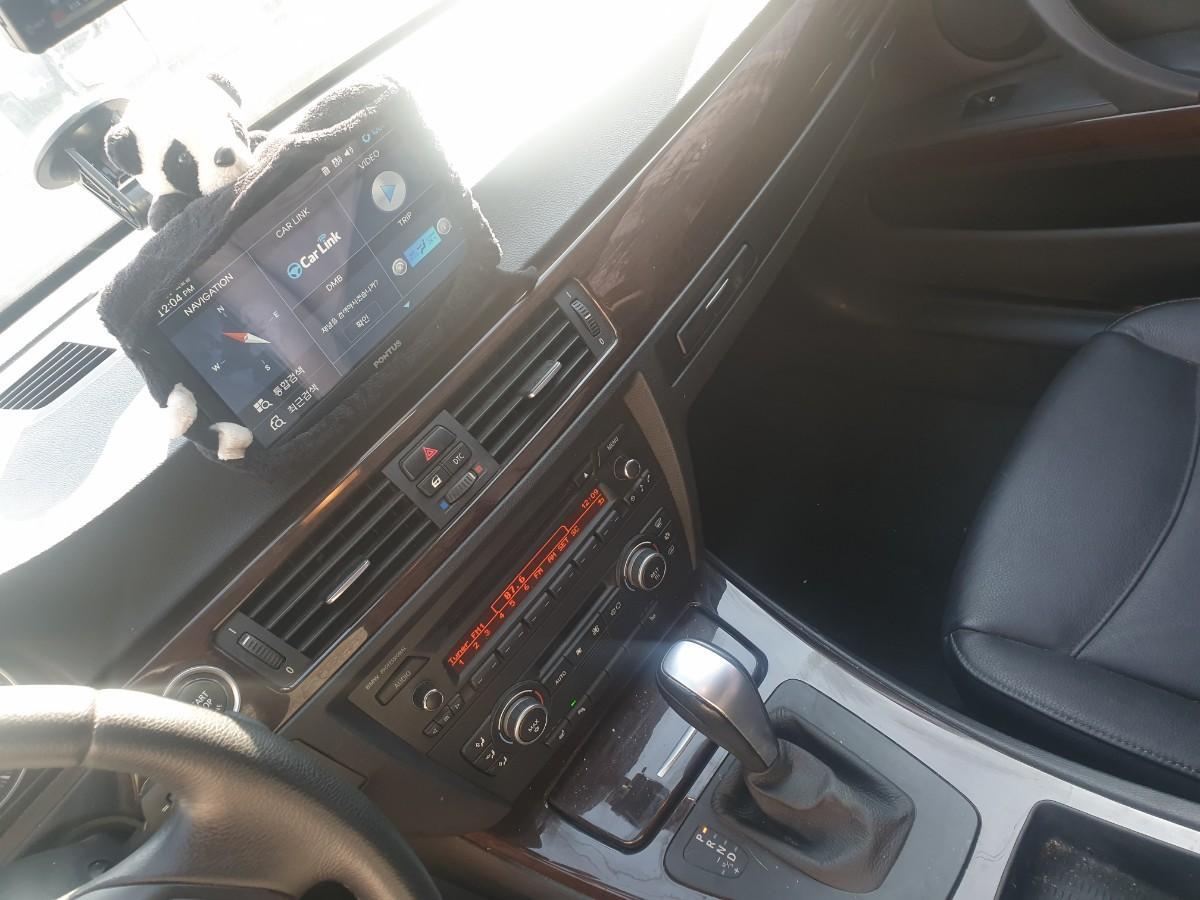 2009년5월식 BMW320I  가솔린  무사고 팔아요 - 8