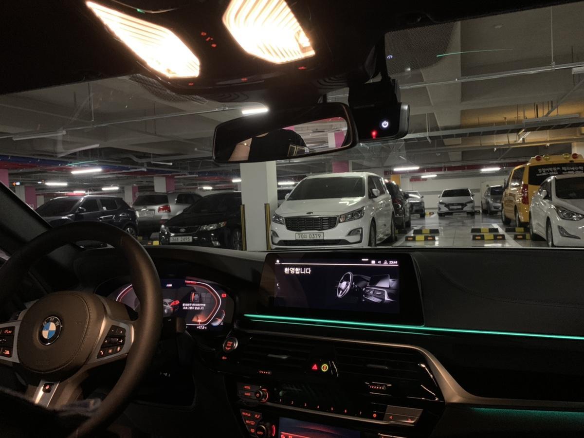 BMW520D (M스포츠)플러스팩 새차 - 6