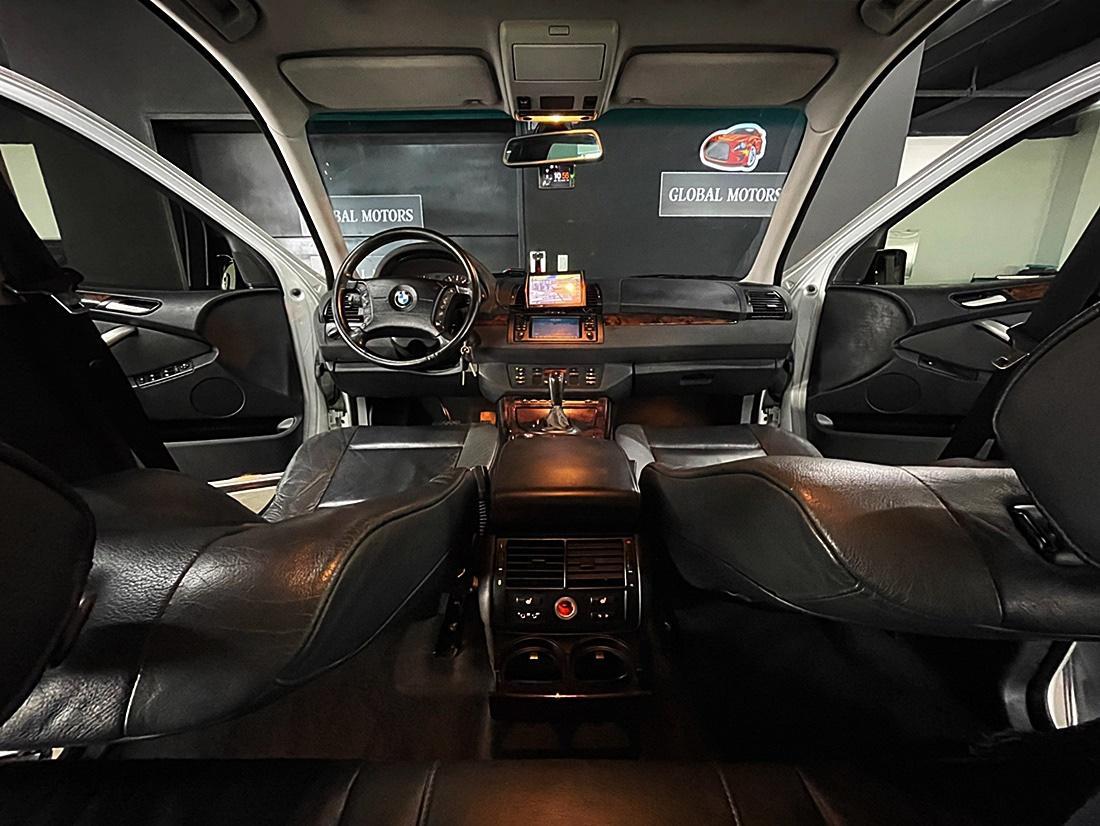 BMW X5 3.0i - 4