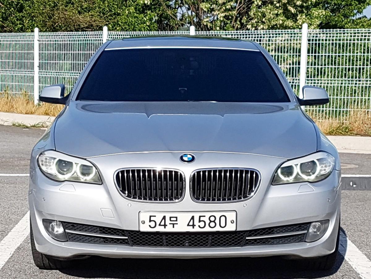 BMW F10 528i 11년식 실키식스 - 1