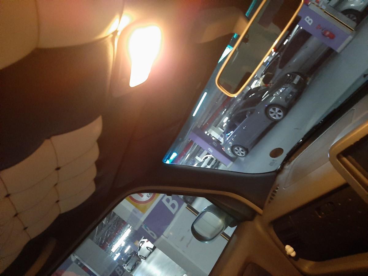 개인 중고차 닛산 큐브 2세대 1.4 하늘색 우핸들 차에요!!! - 2