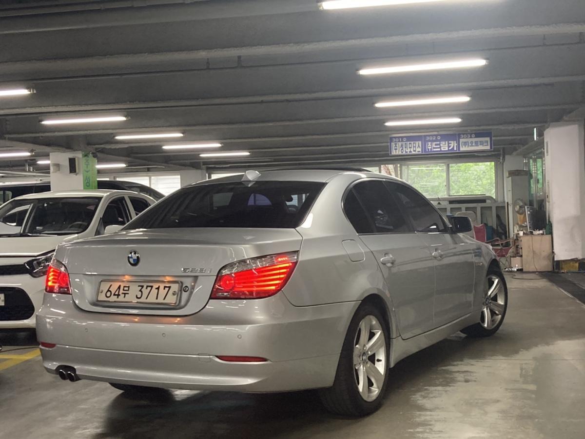 08년 BMW 528i 은색 무사고 16만km - 1