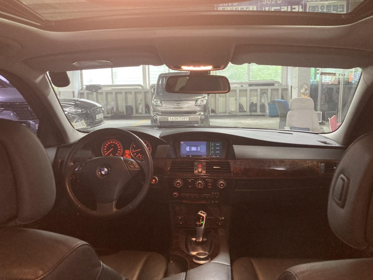 08년 BMW 528i 은색 무사고 16만km - 3