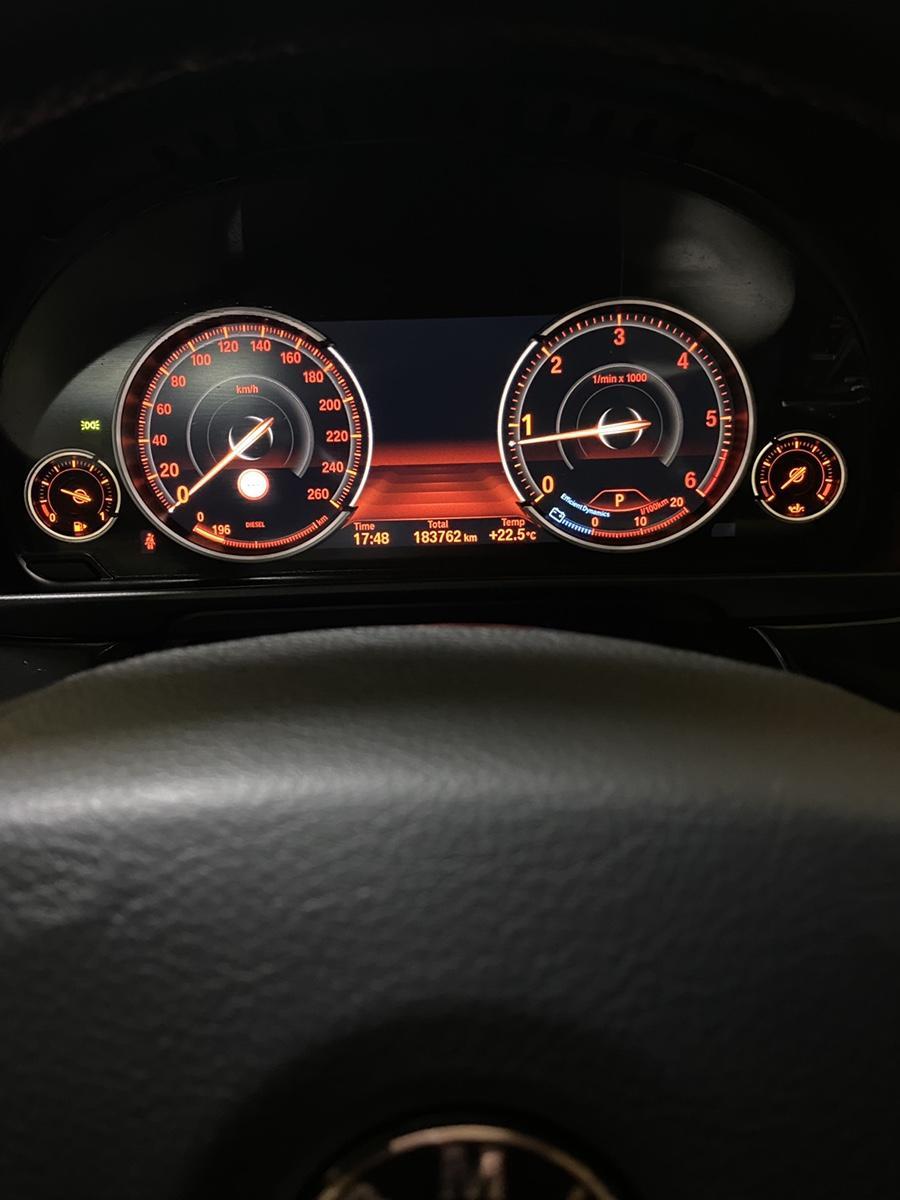BMW 14년식 520d Xdrive 완전무사고 1인신조 비흡연 - 10