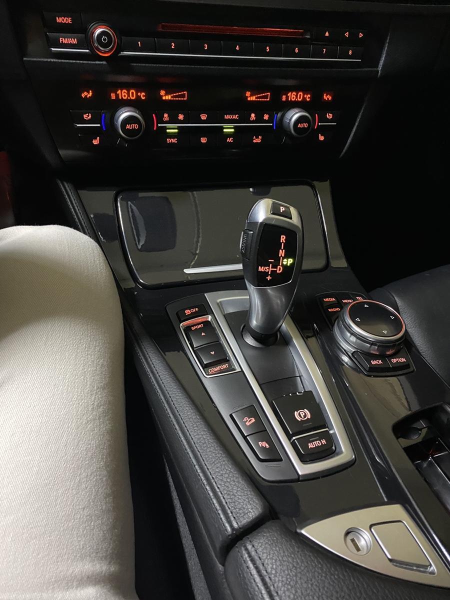 BMW 14년식 520d Xdrive 완전무사고 1인신조 비흡연 - 11