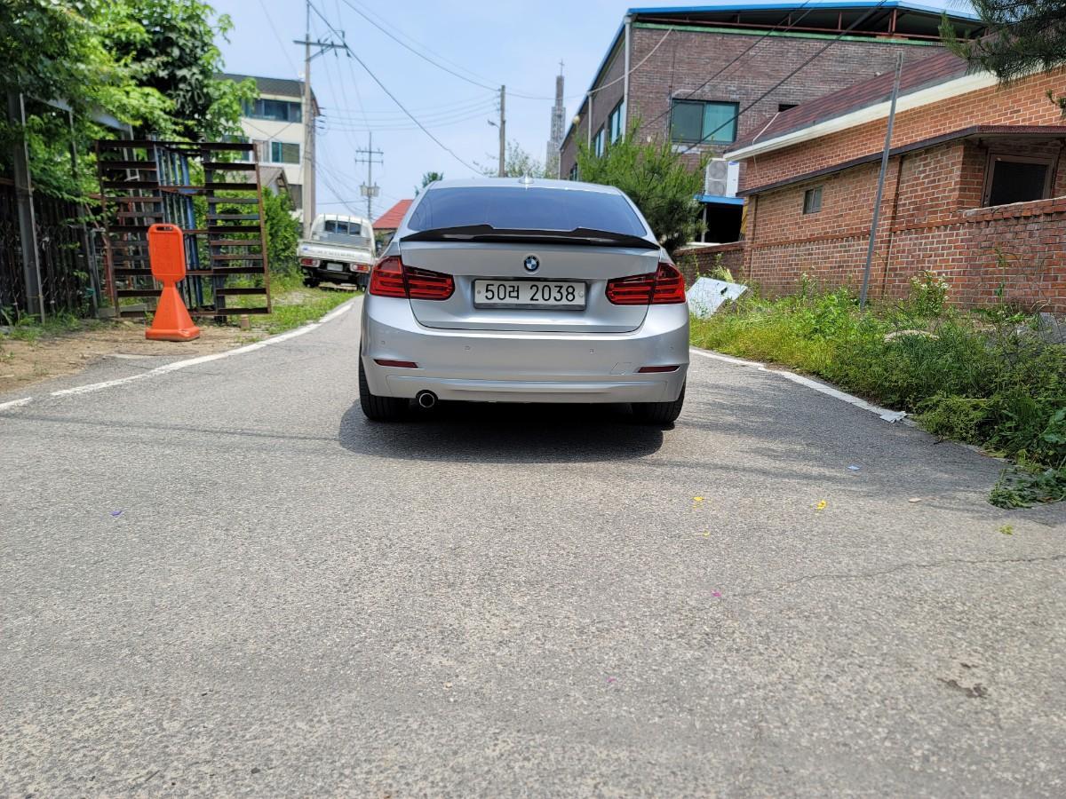 BMW 320D F30 급하게처분합니다. - 3