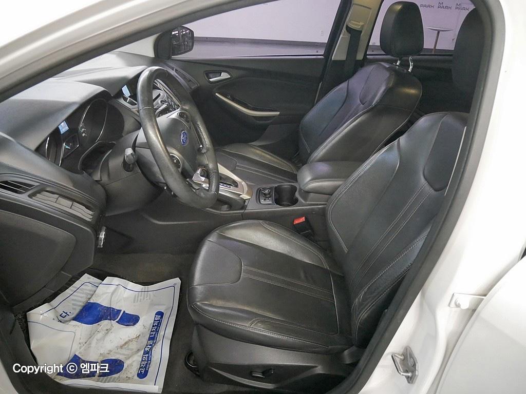(개인)12년 포드 포커스 2.0 9만키로 완전무사고차량 판매합니다. - 9