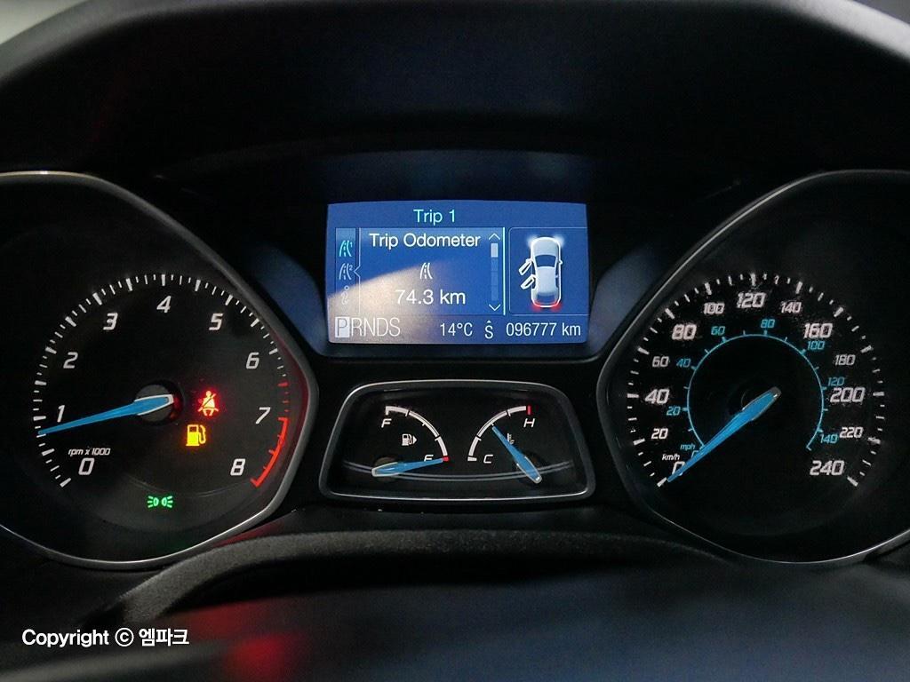 (개인)12년 포드 포커스 2.0 9만키로 완전무사고차량 판매합니다. - 6